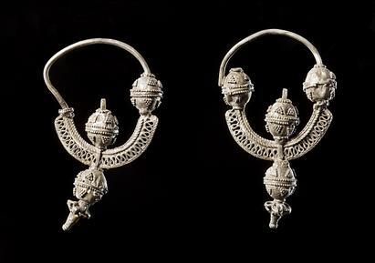 Jewellery in the Viking Age
